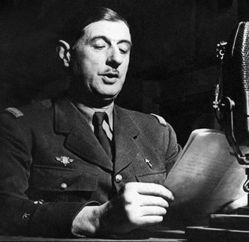 Le Général de Gaulle enregistrant un épisode de 3H1P